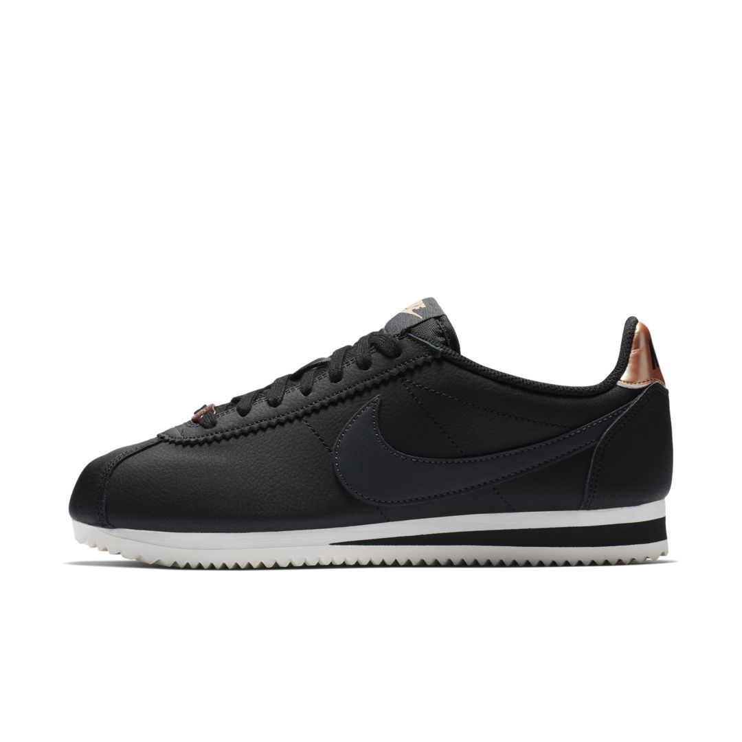 ee022b8f Classic Cortez Women's Shoe | Products | Nike classic cortez leather ...