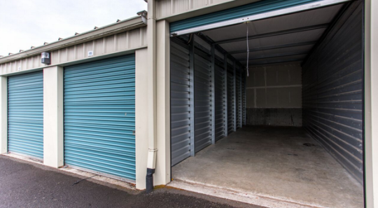 6 Amazing Facts About Public Storage Storage Unit Self Storage Cheap Storage Units