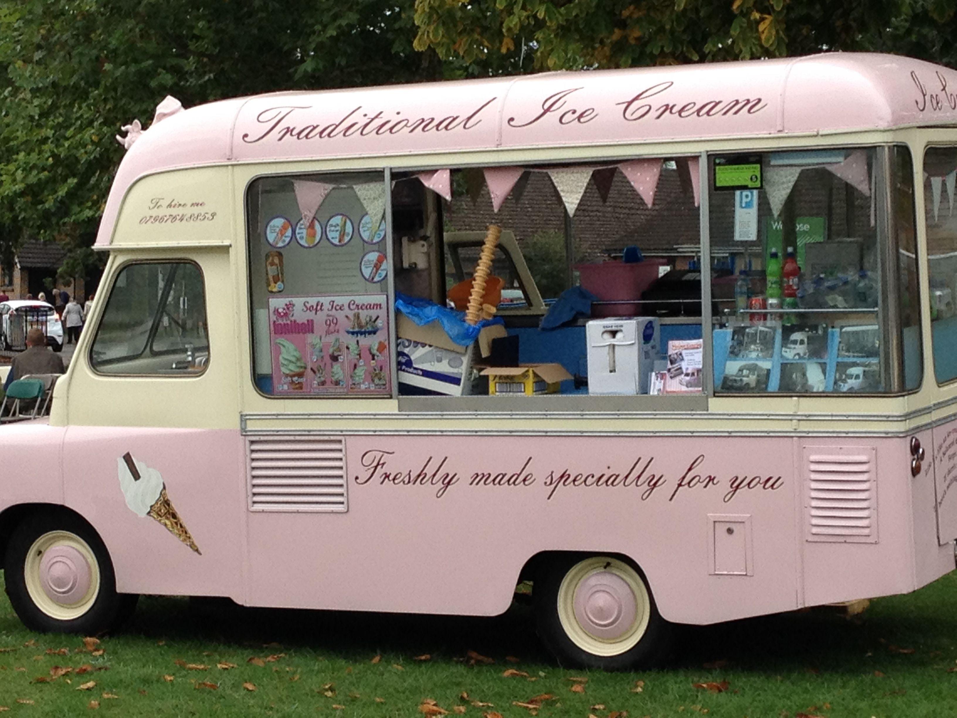 Smiths of Gateshead ice cream van