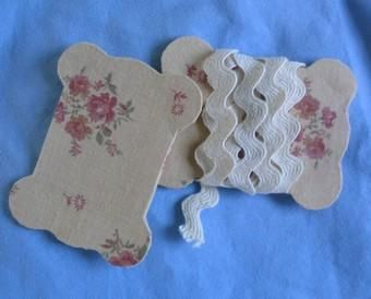 Instructions to make cards to wrap lace