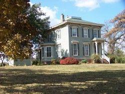 1870 Italianate Victorian In Centerville Ia Historic Homes For Sale Widows Walk Historic Homes
