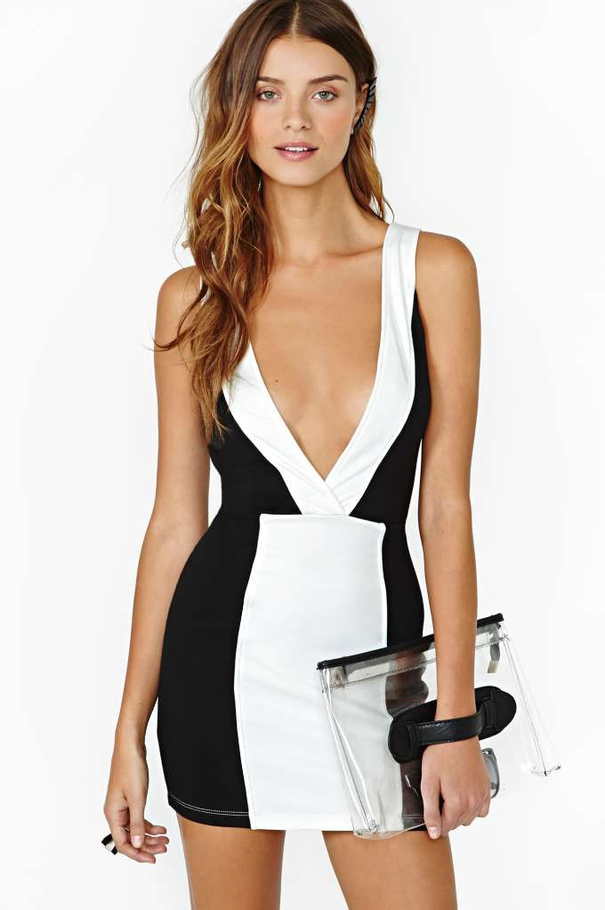 nasty gal bond dress actually looks like something a bond. Black Bedroom Furniture Sets. Home Design Ideas