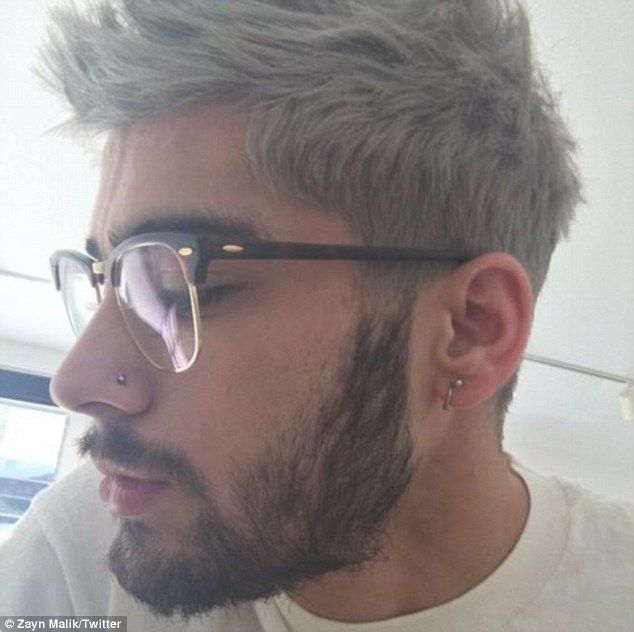 Zayn Malik unveils shocking pink dip-dyed hair in shirtless selfie ...
