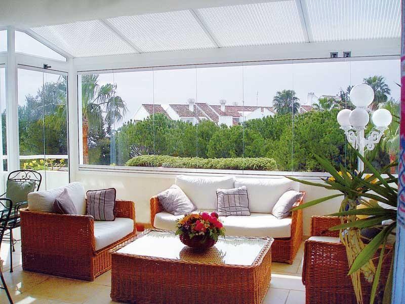 Estilos y muebles de exterior para espacios al aire libre - Cortinas para tragaluz ...