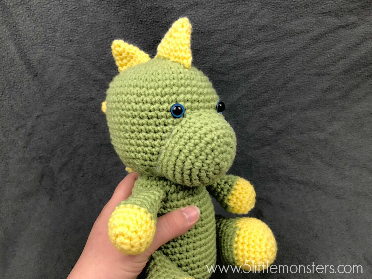 Dinosaur Softie #crochetdinosaurpatterns 5 Little Monsters: Dinosaur Softie #crochetdinosaurpatterns Dinosaur Softie #crochetdinosaurpatterns 5 Little Monsters: Dinosaur Softie #crochetdinosaurpatterns