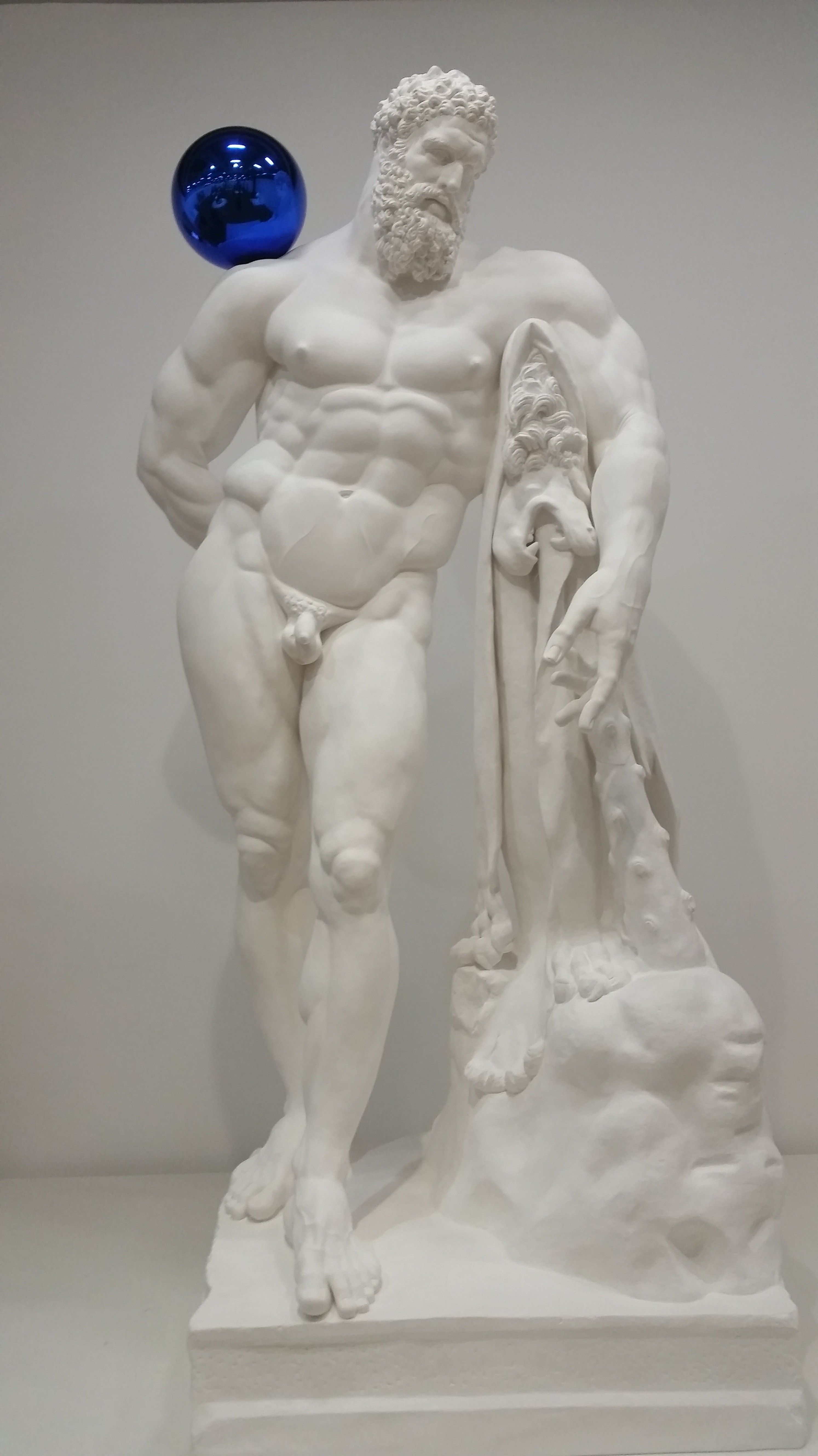 JEFF KOONS Gazing Ball Farnese Hercules 2013