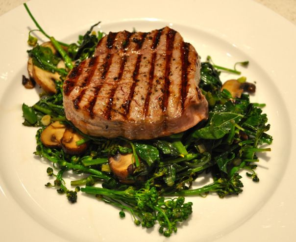 eye fillet with kale, broccolini and mushroom. AIP & paleo compliant.
