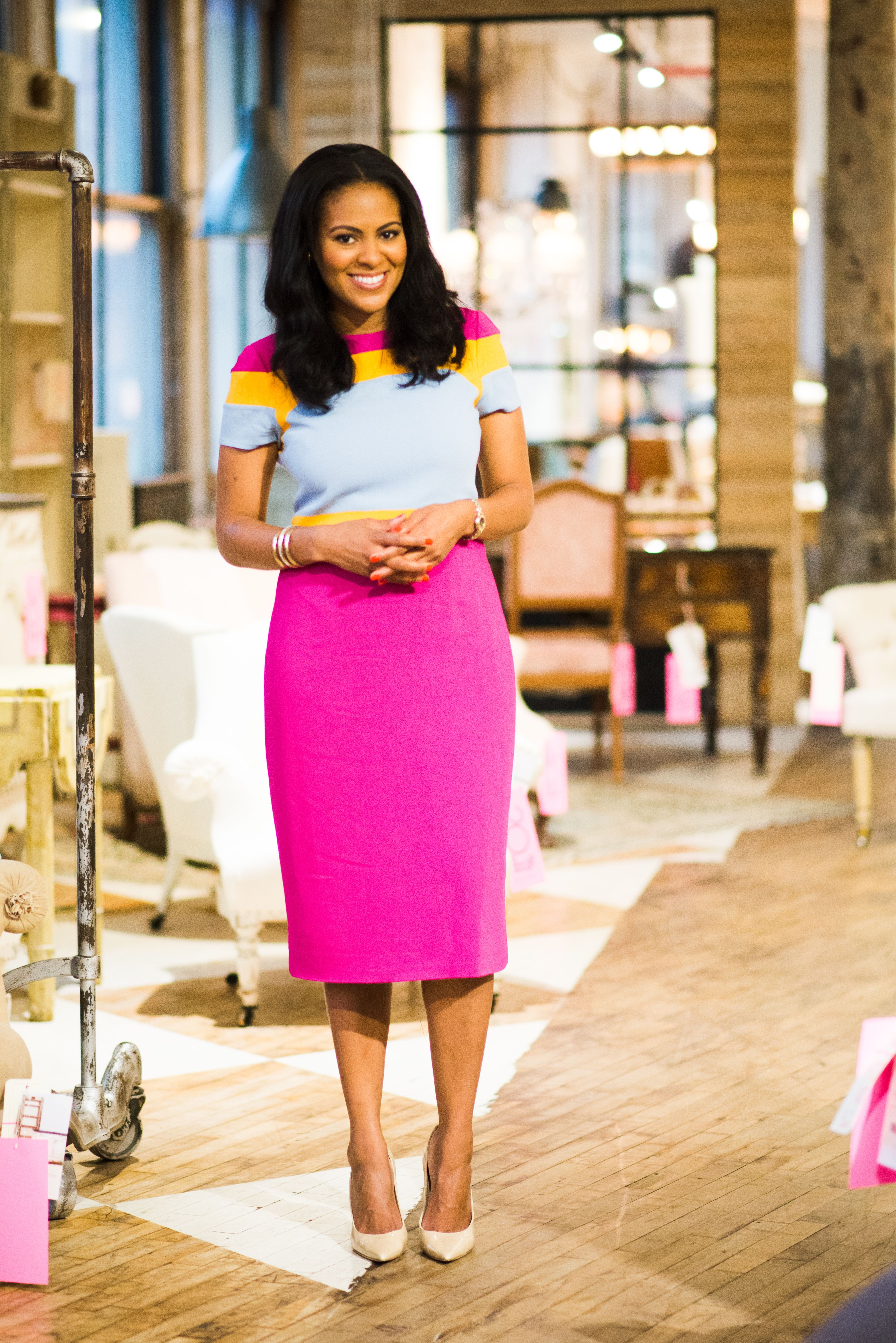 Our Favorite Interior Designer And On Air Personality Nicolegibbons1 Shares Her Myoutfit Levoleague