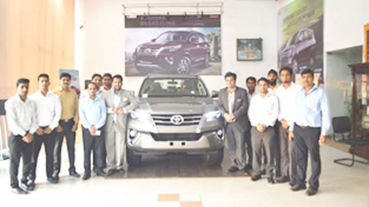 Shree Toyota officials unveiling all new Fortuner at Jammu.