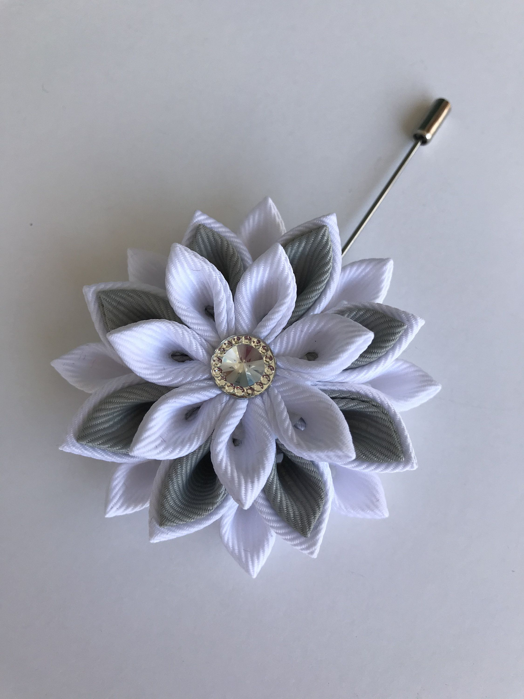 Mens Flower Lapel Pin Kanzashi Fabric Flower Etsy Fabric Flowers Fabric Flowers Diy Diy Kanzashi