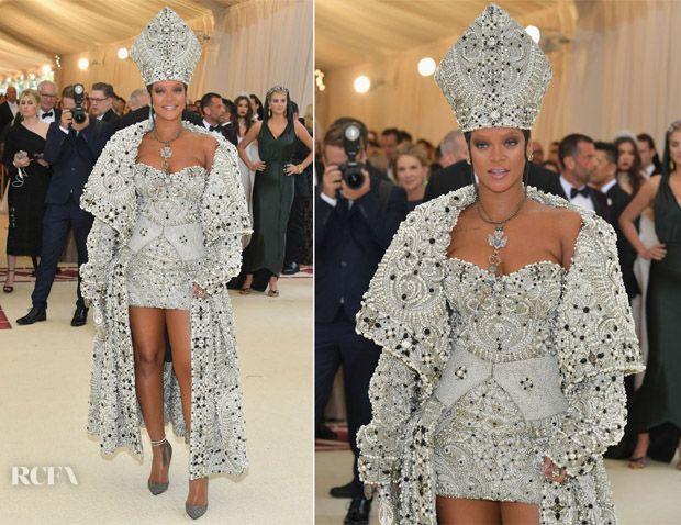 Rihanna In Maison Margiela Artisanal by John Galliano ...