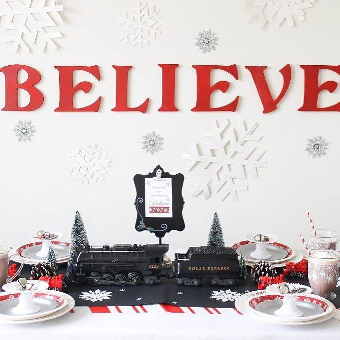 d all aboard this polar express christmas party d from sweetlychicevents every christmasy detail is perfect you ll need to click to see all the diys