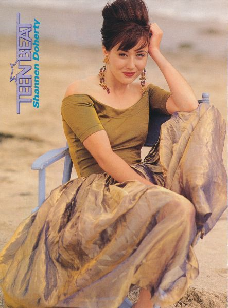 SHANNEN DOHERTY pinup - LITTLE HOUSE ON THE PRAIRIE JENNY - ZTAMS