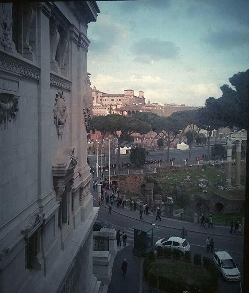 Roma - vista panoramica laterale da Piazza Venezia