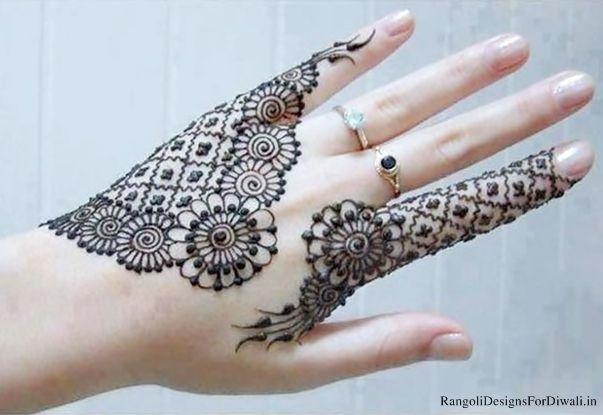 Designing Mehndi Image