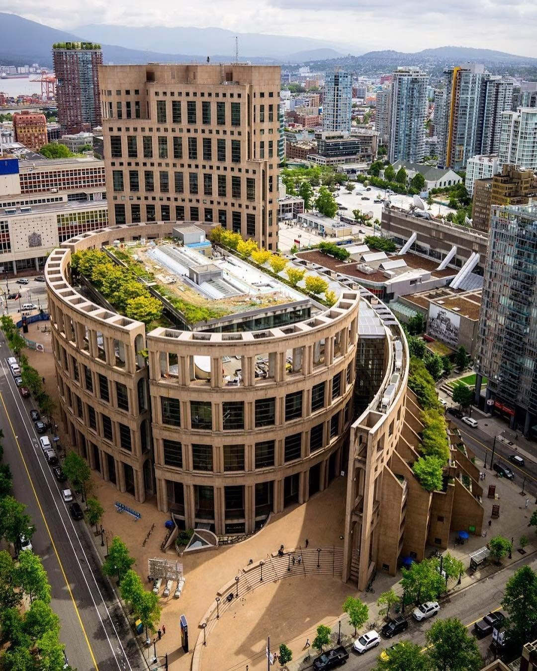 Downtown Vancouver: British Columbia Travel Information