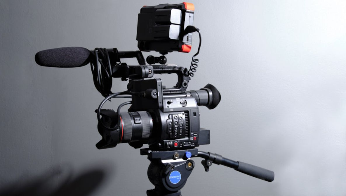 The Canon C200 and Entering the World of Cinema Cameras | Articles