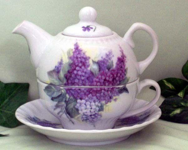 Fielder Keepsakes Lilac Bouquet Tea for One - The Teapot Shoppe, Inc.