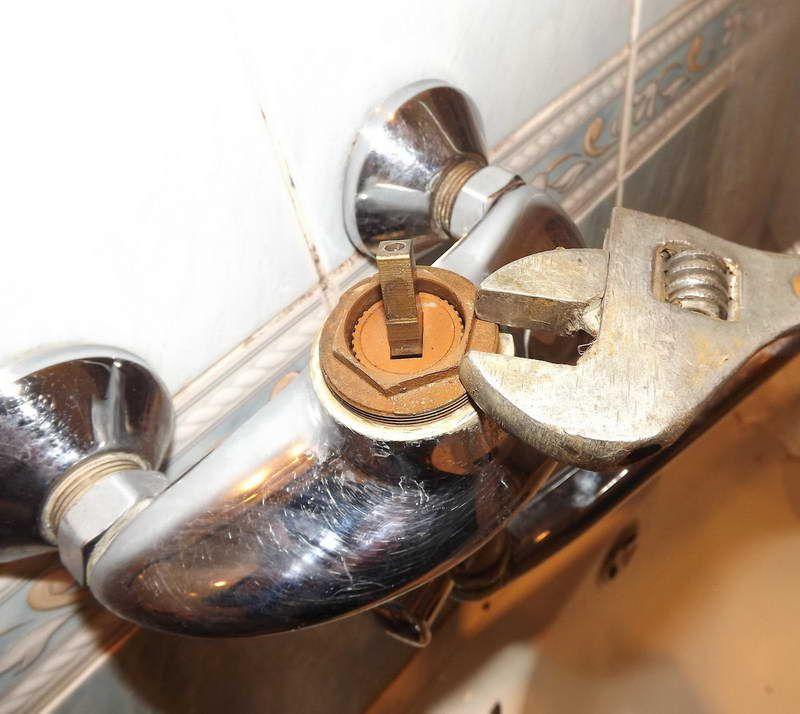 Bathroom faucet repair tool with key uk http