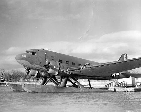 Army Air Corps XC-47C experimental transport aircraft, Nov 1943