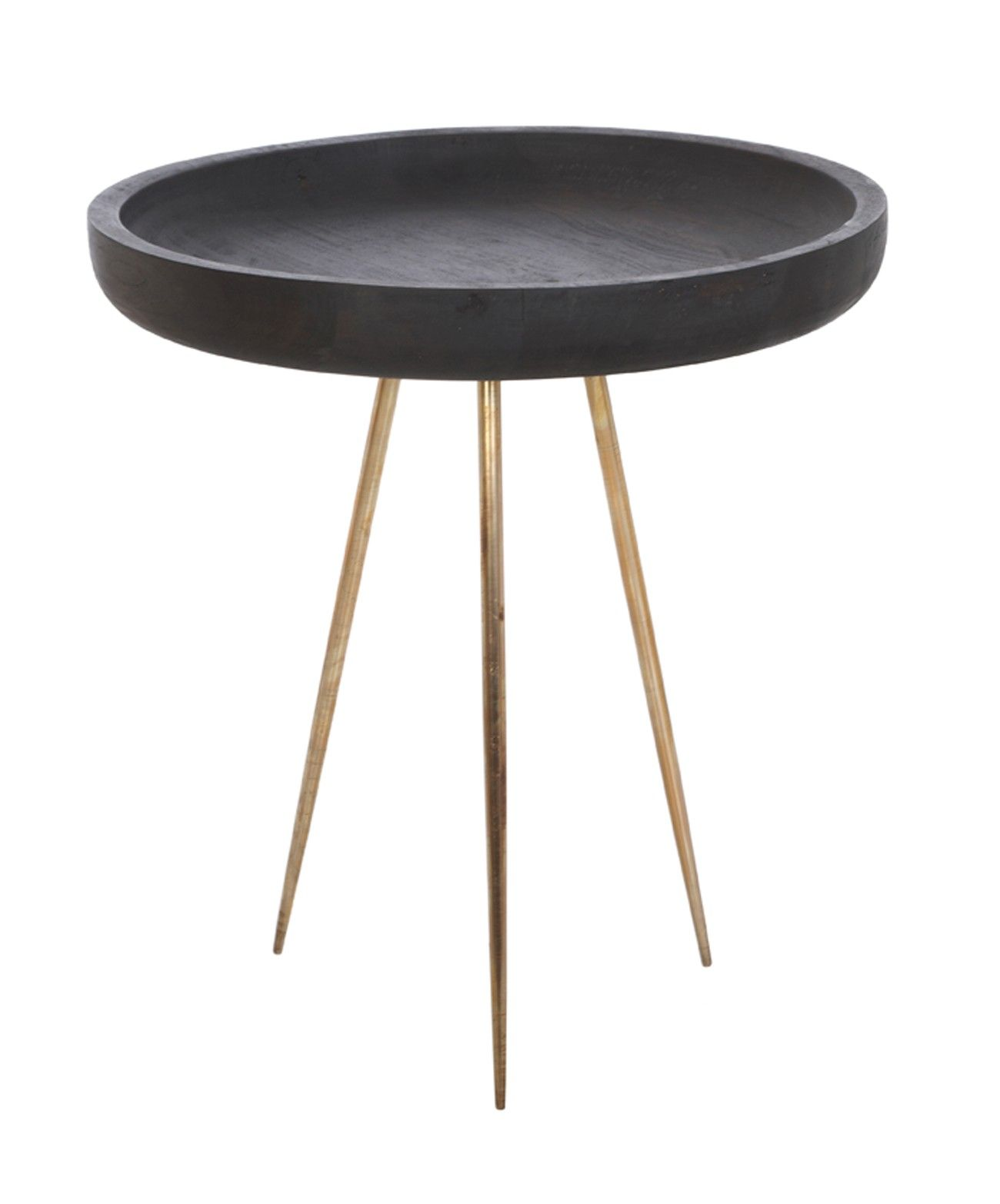 Attirant Arika Round Table