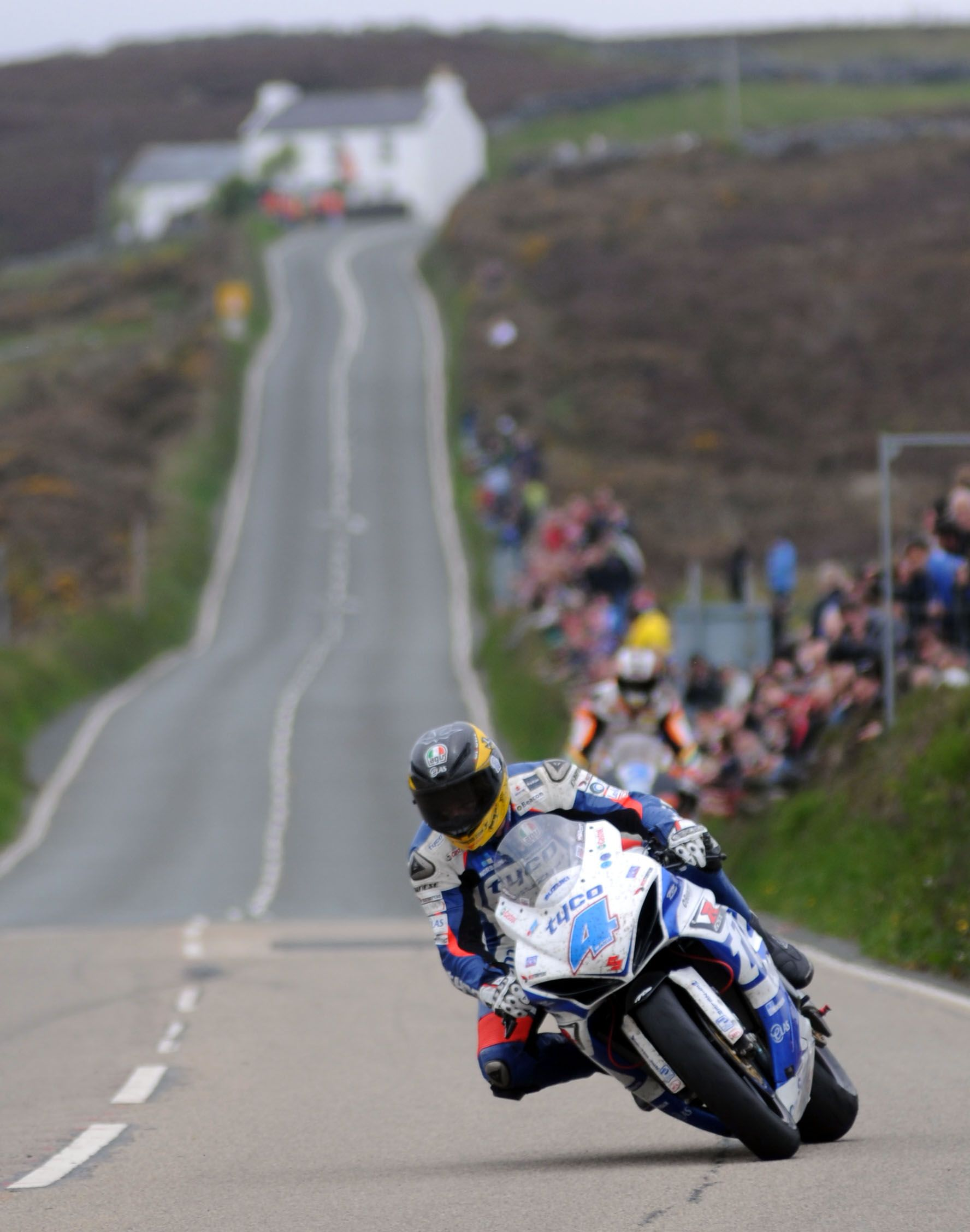 Guy Martin In The Second Supersport Race On His Tyco Suzuki Gsx R600