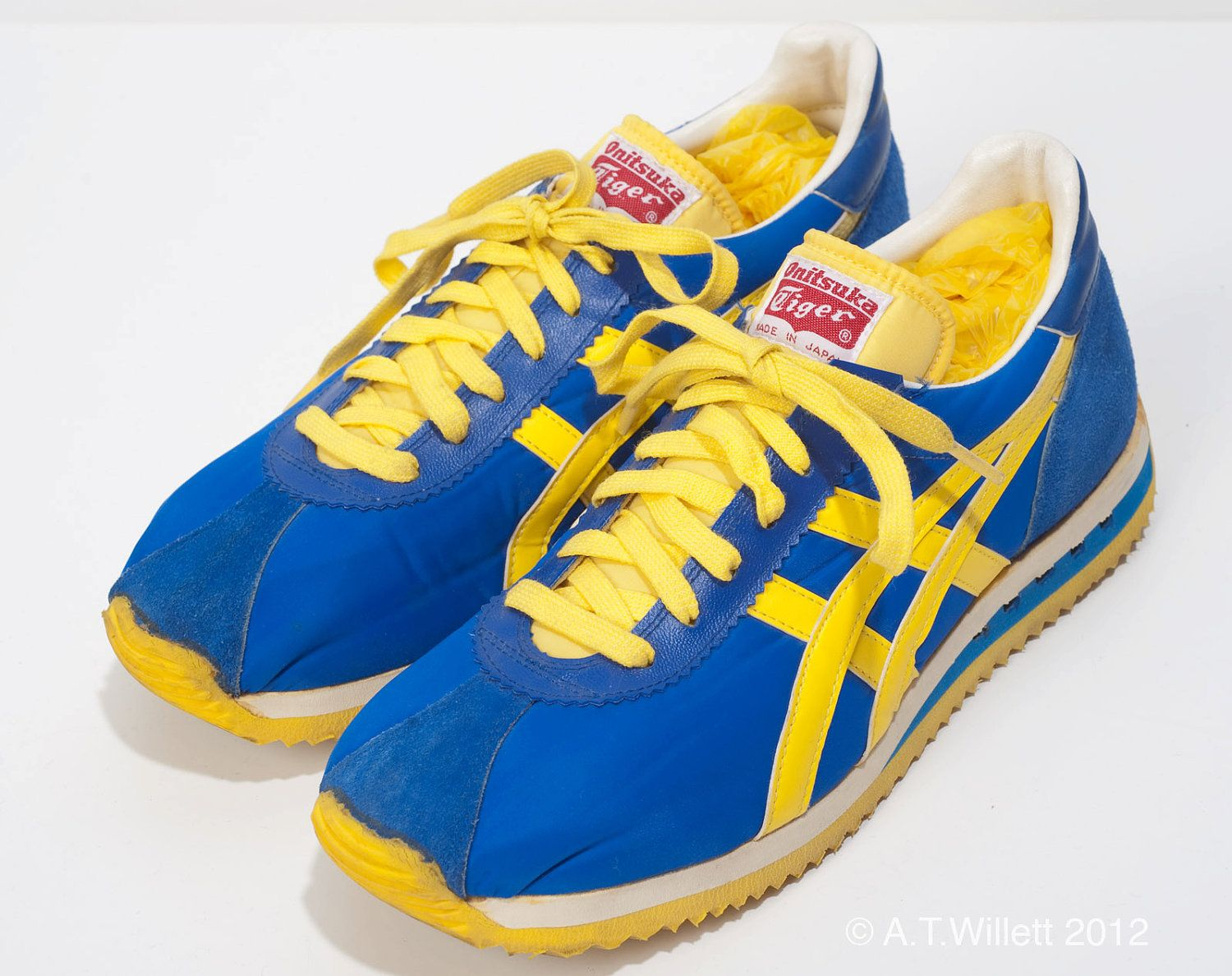 1970 s Vintage Onitsuka Tiger Running Shoes 7.5 UCLA Blue Yellow w ... f1063f696d4b