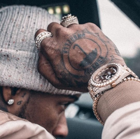 Pin On Rapper Baes