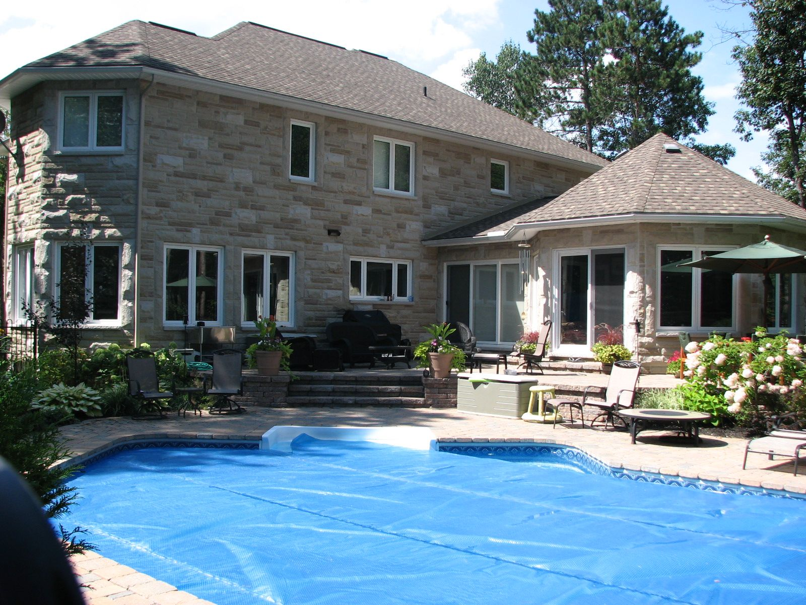 icf home designs%0A Awesome NUDURA house with a lovely pool and outdoor space   ICF