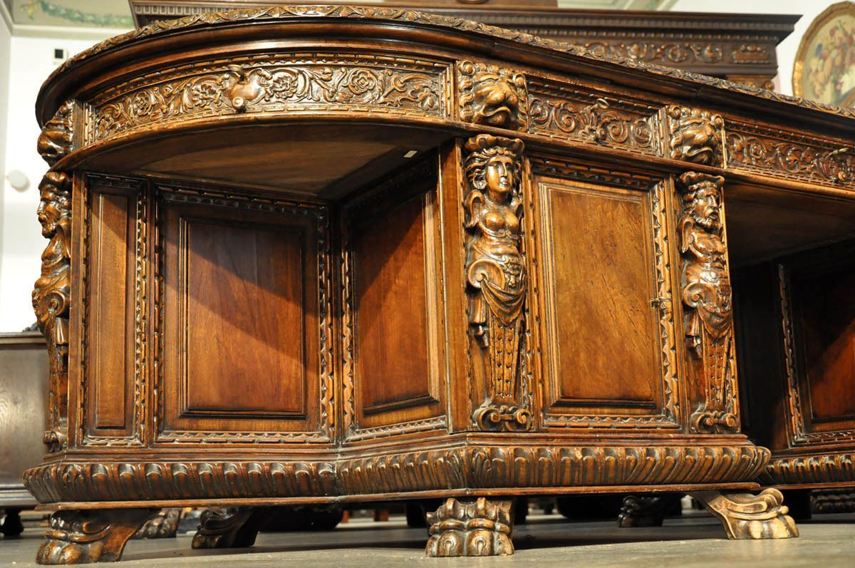 Hand Carved Desks | UNIQUE BAROQUE STYLE HAND CARVED FURNITURE   MONUMENTAL  OFFICE DESK