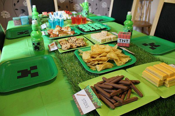 Minecraft party table layout Birthday ideas Pinterest Layouts