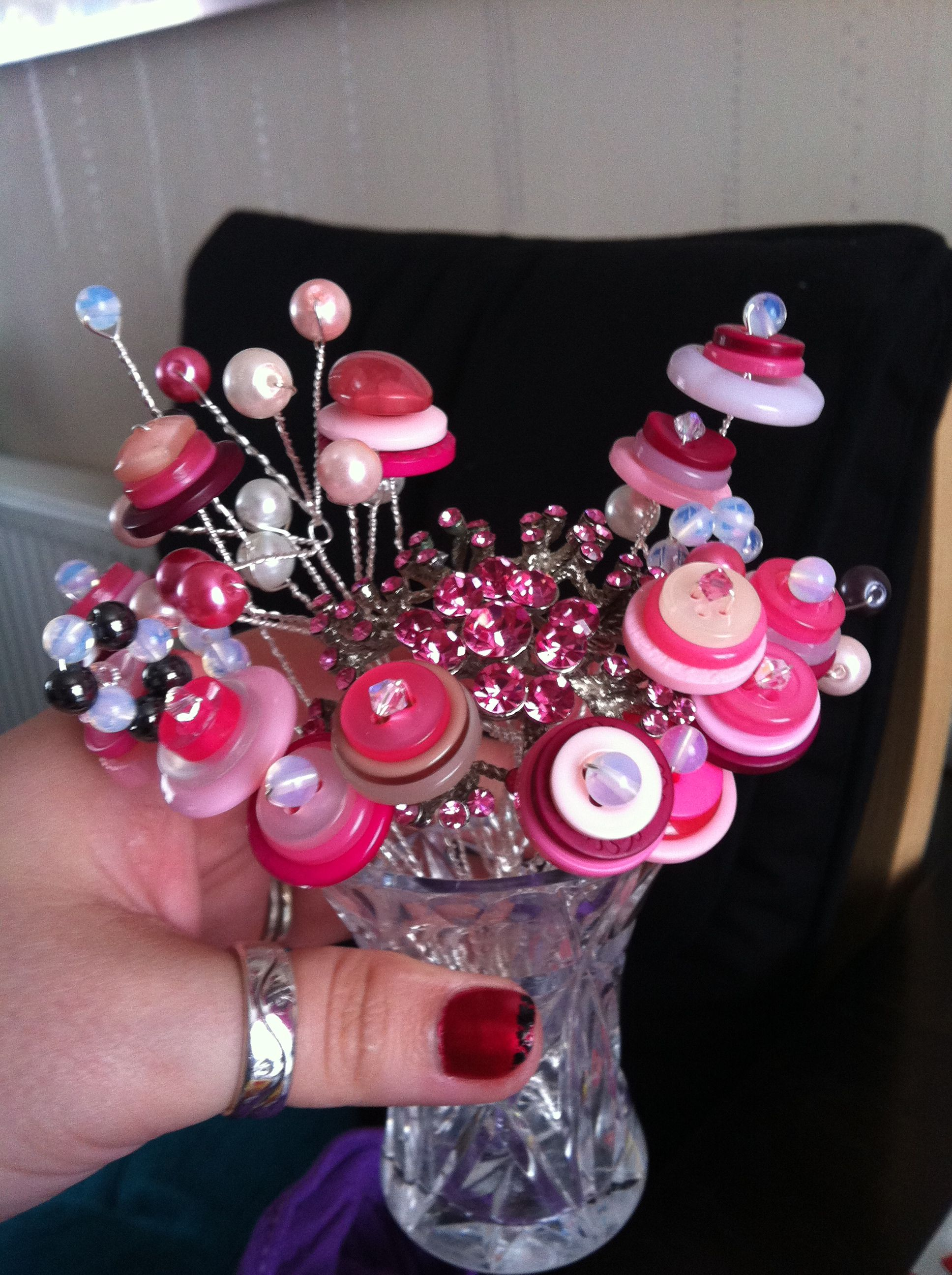 Mini button bouquet stage one