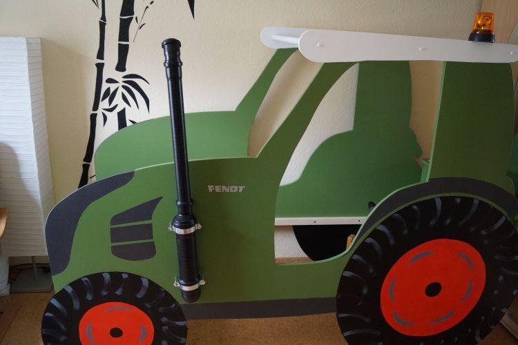 Traktor Kinderbett Bauanleitung Zum Selberbauen 1 2 Do Com Deine Heimwerker Community Selber Bauen Kinderzimmer Kinderbett Kinder Bett