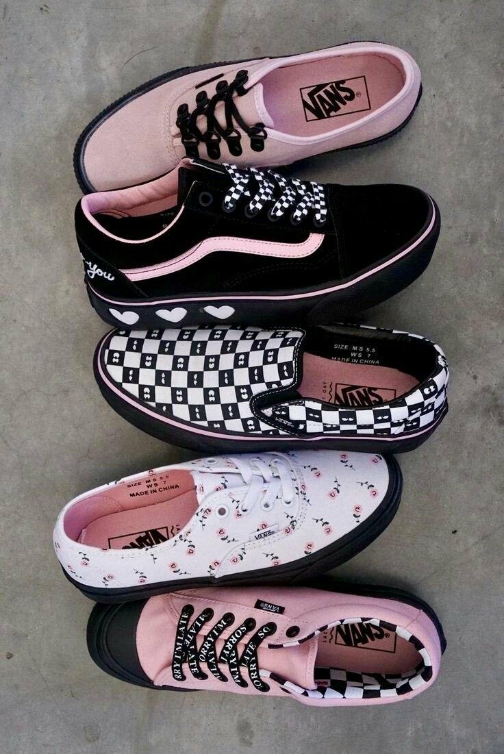 0b0af223d5 Instagram  playabray  amp   yeahthatsbray Pinterest  playabray Snapchat   bad bxtch25 Pink Vans Shoes
