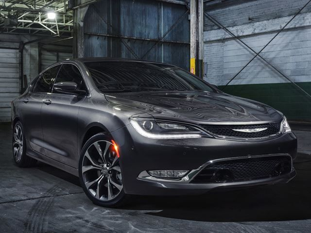 All New Chrysler 200 Introduced In Detroit Chrysler 200 Chrysler Dodge Jeep Chrysler 200 2015