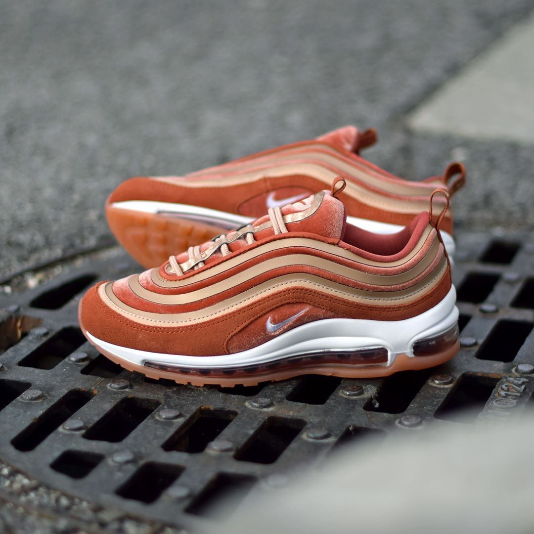 05c8523cde Nike W Air Max 97 Ultra LX Dusty Peach . Disponible/Available: SNKRS ...