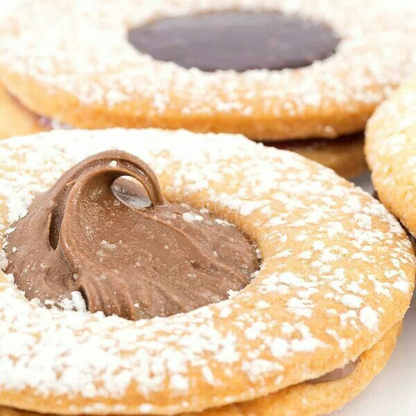 Choc raspberry cookies