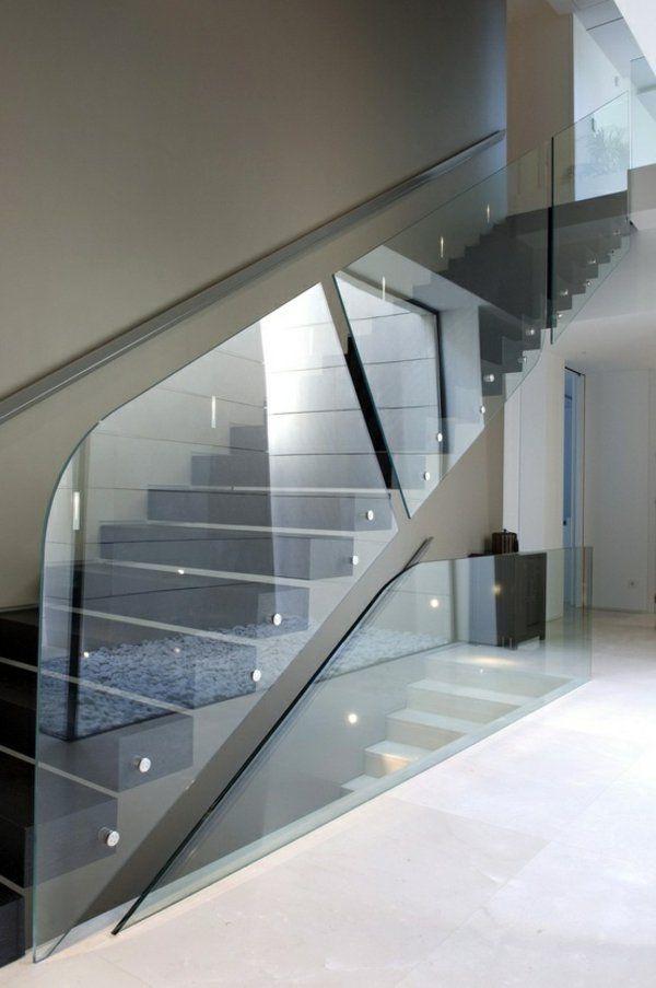 Hängele Treppenhaus treppe gestalten glas geländer schlichte linien living