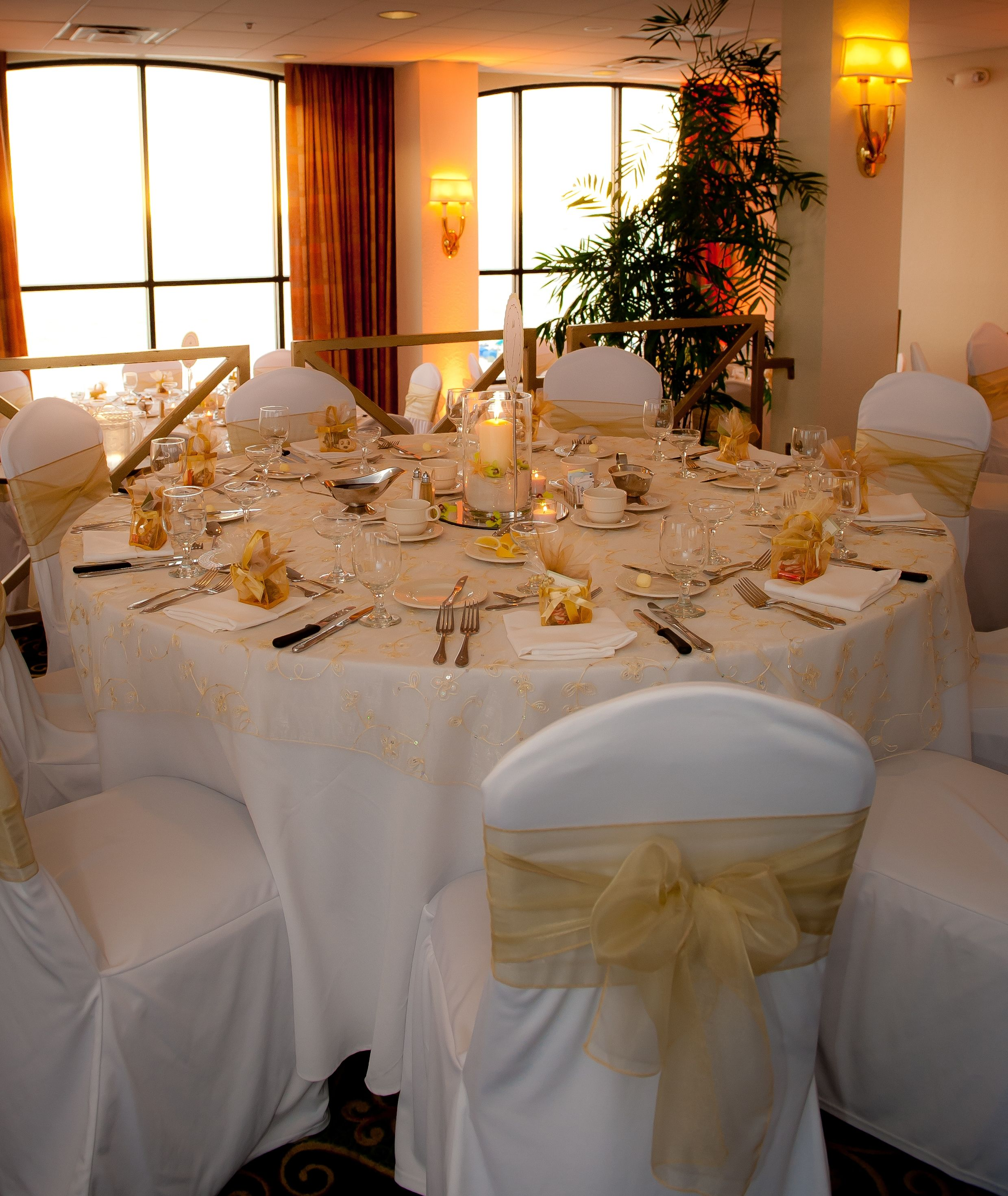 Champagne Chair Covers White Tablecloths Chair Covers With Champagne Organza Chair