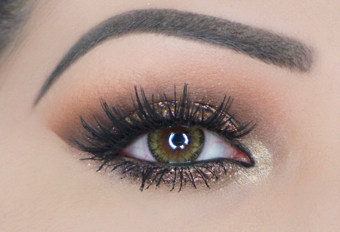 X marks the spot. If you've stumbled upon this gem of a look, you can call off the hunt! Strike it rich with beautiful warm tones and a sprinkling of spark