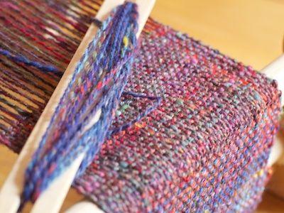 Con lana filata a mano