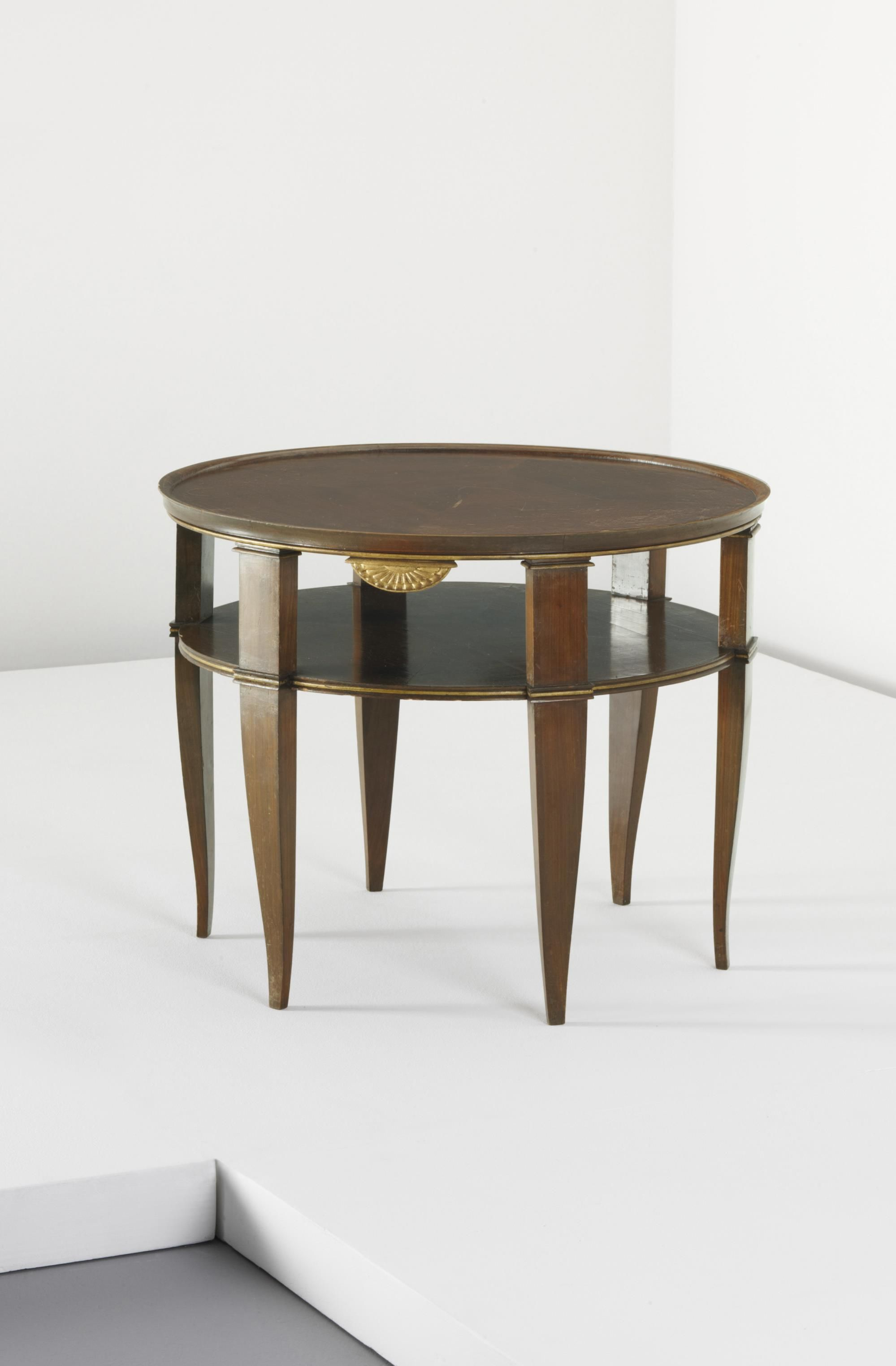 GIO PONTI Occasional table c 1930 Walnut veneered wood walnut