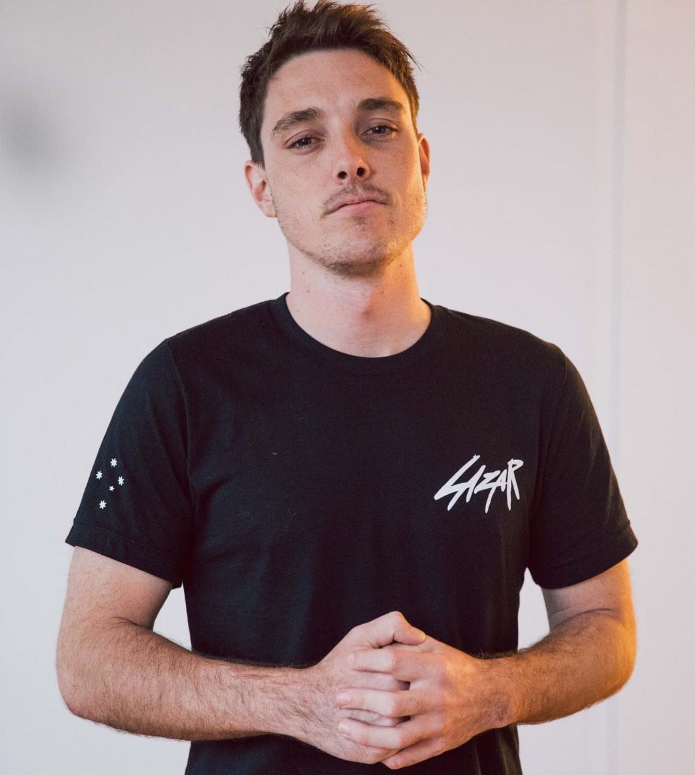 The 25-year old son of father (?) and mother(?) LazarBeam in 2020 photo. LazarBeam earned a  million dollar salary - leaving the net worth at  million in 2020