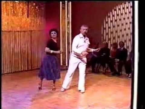 Ladies And Gentlemen The Legendary Sda Scandinavian Disco Animal Balada Baile Bizarro