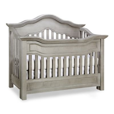 Baby Appleseed® Millbury 4in1 Convertible Crib in