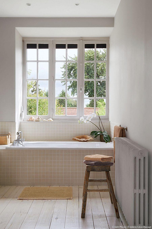 A Lille Une Demeure Typique Au Decor Raffine Carreaux Salle De Bain Maison Confortable Salle De Bain
