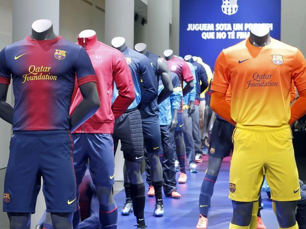 fc barcelona nike home and away soccer jerseys these are kind of horrifying reminds me of the old hypercolor shirts from the and the home is basically a