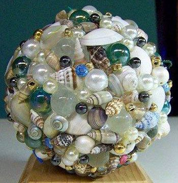 Idea For Christmas Tree Ornimate Add A Few Glass Beads Marbles For Subtle Color Seashell Crafts For Beach Theme Home Decor