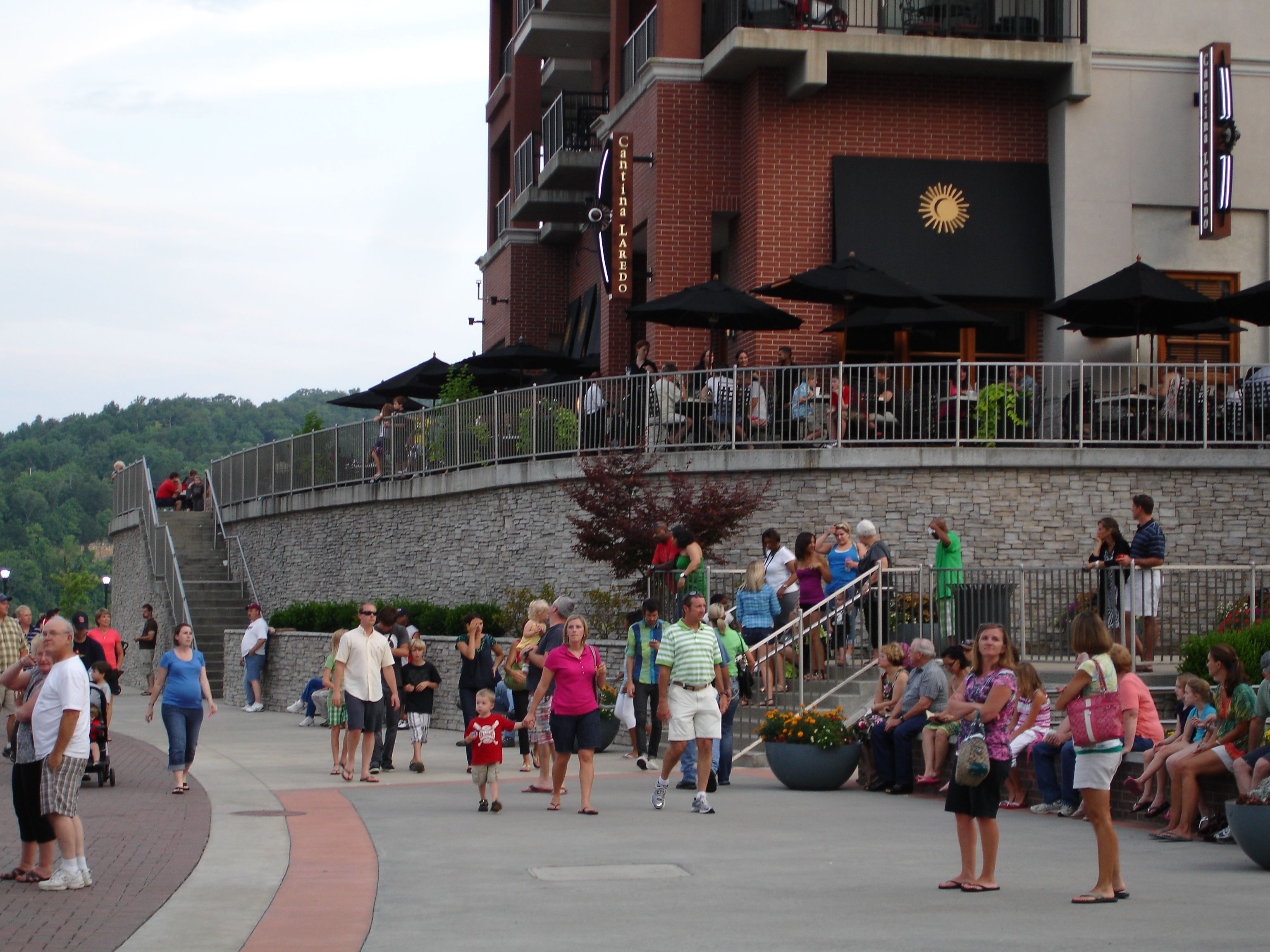 Homeaway Vacation Rentals Beach Houses Cabins More Branson Landing Vacation Rental Branson
