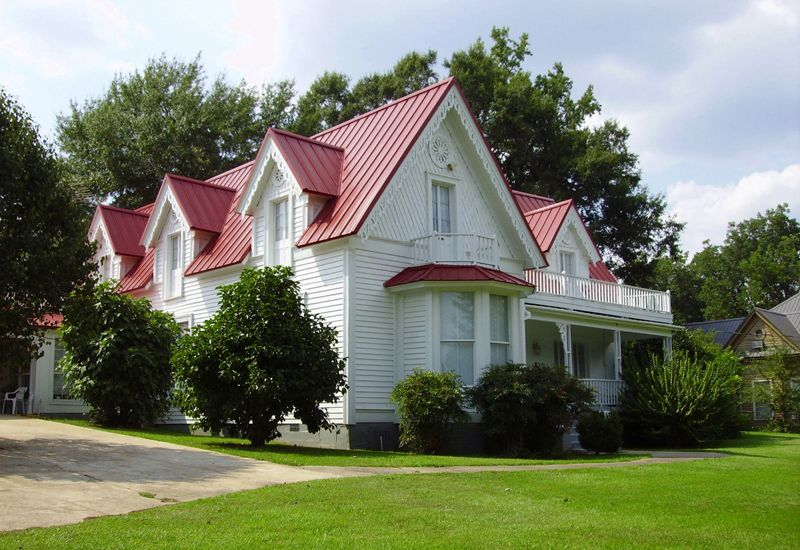 Best Cool Metal Roofing A Hot Idea Red Roof House Farmhouse 400 x 300